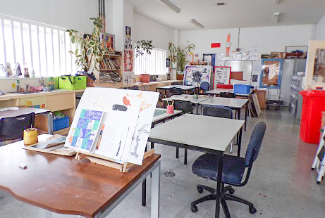 General view of the male art classroom.